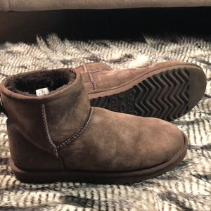 UGG Classic Mini 5854 Brown Boots Women's Size W9